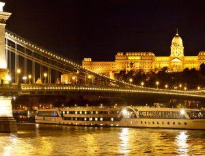 Luxe Donau Kerstcruise met MS Swiss Savor ******